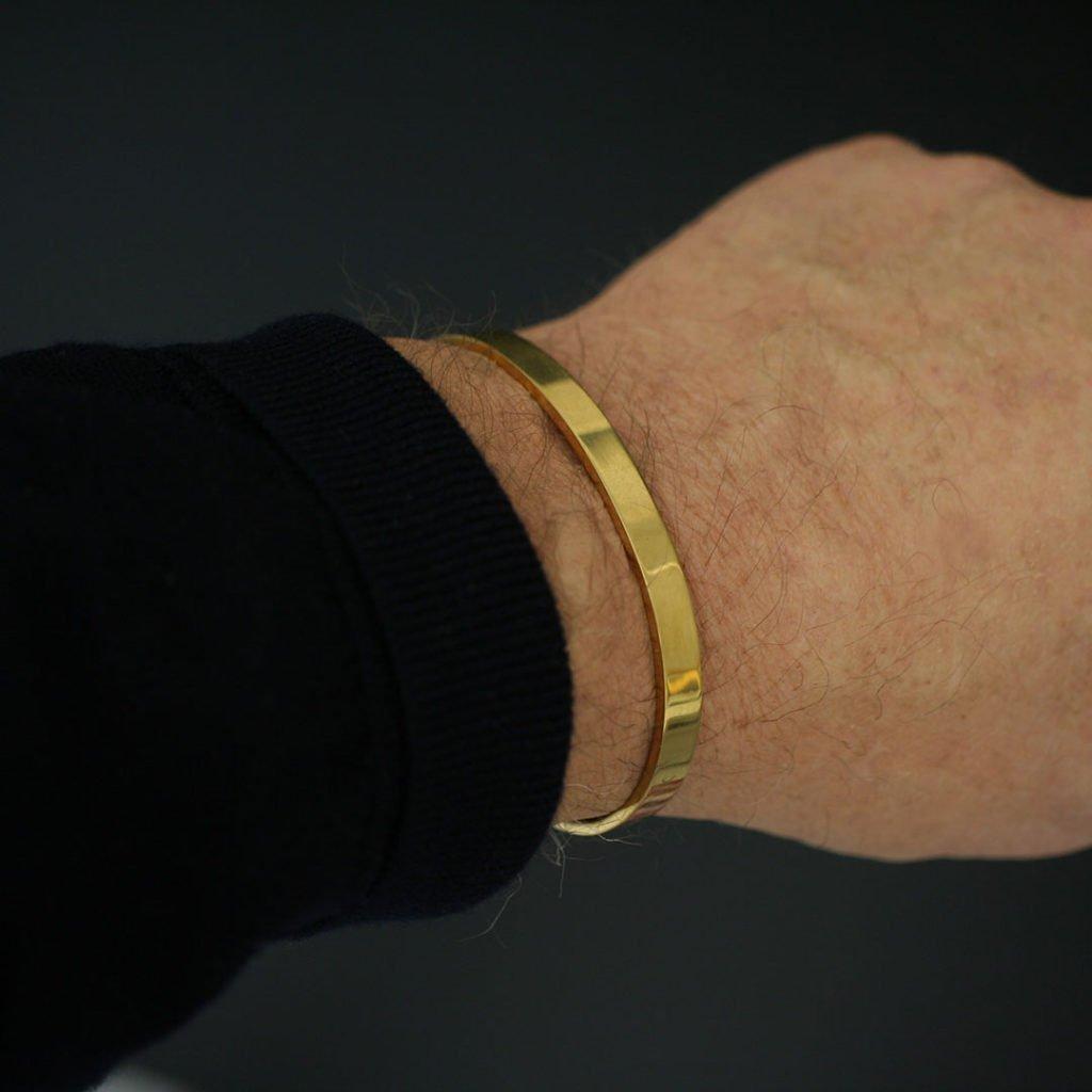 Elegant Gold